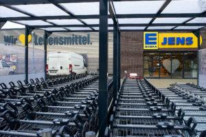 EDEKA Jens Wir lieben Lebensmittel Eingang Einkaufswagen Priwall